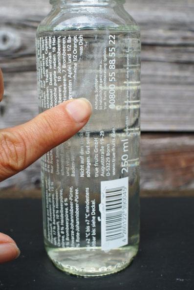 True Fruits-Glas: Aufdruck in Essig eingeweicht