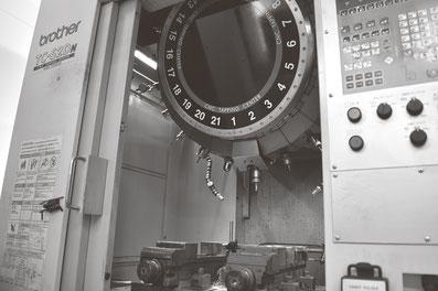 ブラザー工業 タッピングセンター TC-2SD  小型マシニング(30番)