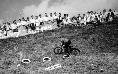 "1965 - Motorradtrail im ""Bux"""