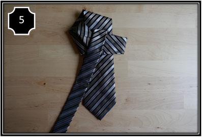 cravate steampunk étape 5: univers emylila