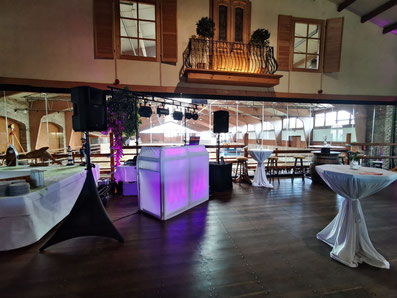 Mobiler DJ / Mobile Disco