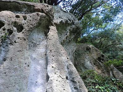 凝灰岩岩塊