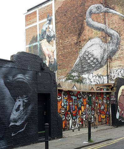 ROA's big bird, Shoreditch Street Art Tour
