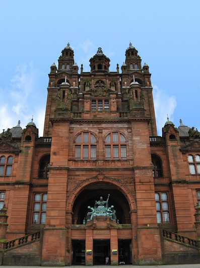 Glasgow Sehenswürdigkeiten Top 10 - Kelvingrove Art Gallery and Museum