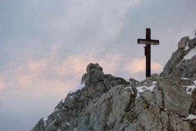 Gedenkkreuz in der Klinserschlucht, Totes Gebirge, Hinterstoder, Pyhrn, Priel