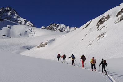 Skitouren mit Bergführer in der Bergregion Silvretta, Jamtalhütte
