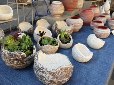 pots de fleur céramique  ollas oias réserve d'eau Hyères Var