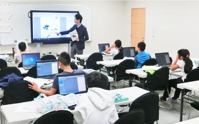 プログラミング無料体験学習授業風景1