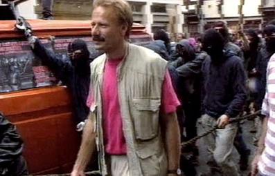 2001 Demo: Seil wird zu Schlagstock