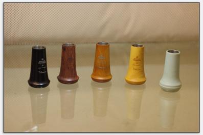 v.l.n.r: Greenline, Mahagoni, Ahorn, Buchsbaum, 3D Drucker