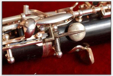 Das Tonloch wurde exakt um 90 Grad versetzt reproduziert.