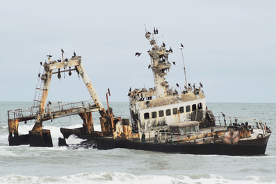 2 Weeks in Namibia - Your Ultimate Itinerary - Ship wreck