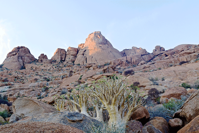 2 Weeks in Namibia - Your Ultimate Itinerary - Spitzkoppe