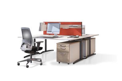 akustische und optische Trennung (Trennwand) zwischen 2 Tischen mit Organisationsprofil aus Aluminium mit einfach- oder Doppelnut