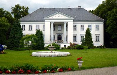 Palac w Maciejówie - Foto: Archiv Partnerstädteverein Bad Dürkheim