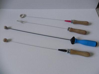 Auf dem Bild sind 4 verschiedene Einhandruten abgebildet.