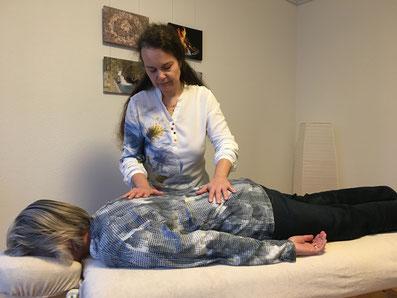 Atembehandlung - durch Berührungen lernen und zu sich finden