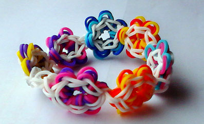 Rainbow Loom Flower Bracelet