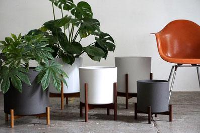 Mid Century Modern Design Planter Plant Stand