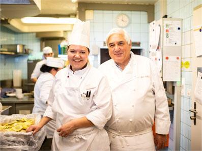 Rosengarten-Küchenchefin Priska Walker und Sternekoch Jacky Donatz. Bild: zvg