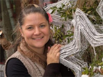 Marion Bircher aus Oberdürnten übernimmt das Geschäft von Irene Buchmann. Bild: zvg