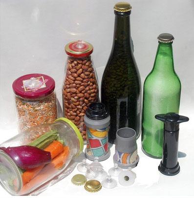 Con il SOTTOVUOTOMANUALE conservi facilmente alimenti freschi, secchi ed anche liquidi in barattoli e bottiglie di vetro.