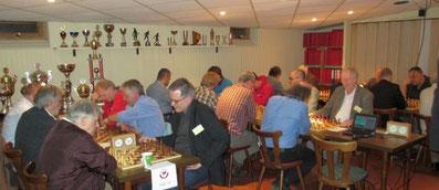 Spielsaal bzw. Turnier-Schnappschuss vom 19.4.13 mit 40 Teilnehmern