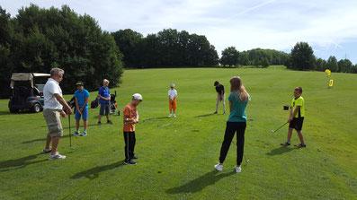 Kids beim Golfschnuppern im Golf-Club Bayreuth
