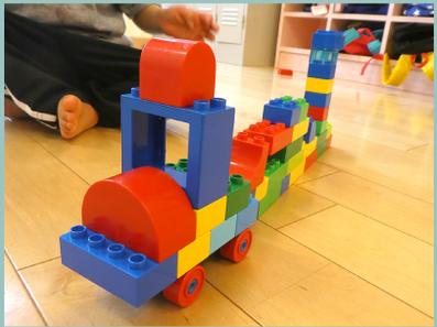 ブロックの汽車