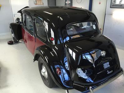 Heckschaden bei Oldtimer Citroën