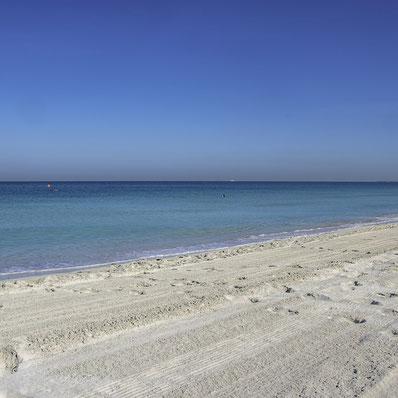 Saadiyat Island - Spiaggia di sabbia bianca