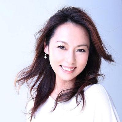 10月15日(土)のゲスト歌手はソプラノの嶋村友美さん。