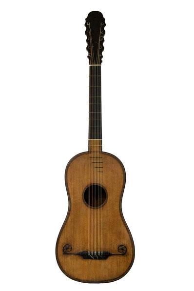 J.L Mast, Mirecourt - guitare baroque