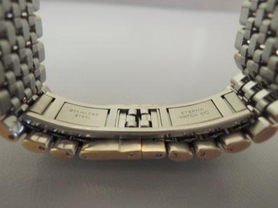 ベルト中留部分を修理した後の「エテルナ」腕時計