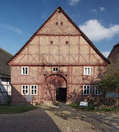 Haus Golücke (benannt nach dem Bauherrn im Jahre 1767) aus Amelunxen, heute im LWL-Freilichtmuseum Detmold.                                                                          Foto: LWL-Freilichtmuseum Detmold /Mark Wohlrab