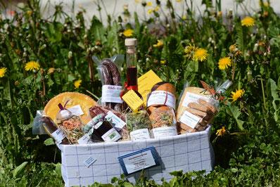Geschenksack im Küchentuch    Fr. 100.00       Sie können auch selber zusammen stellen.