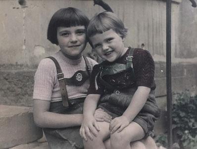 Lilo und Schwester Marianne 1954/Winden