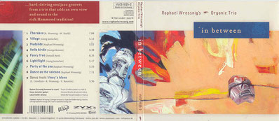 "CD Cover ""In Between"" - Raphael Wressnig's Organic Trio"