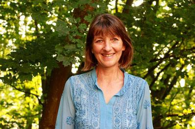 Gabriele Haage beim Yoga in der Türkei mit Neue Wege