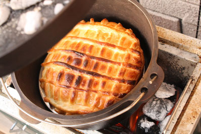 BBQ アップルパイ ダッチオーブン