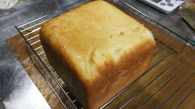こめこめこ、のパン