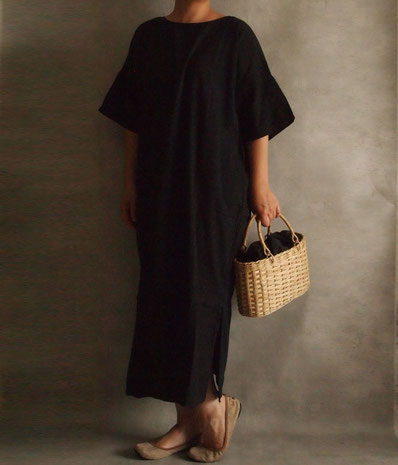 ヂェン先生の日常着 半袖ワンピース moily かご