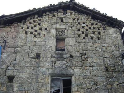 petite balade dans le village de Meyras
