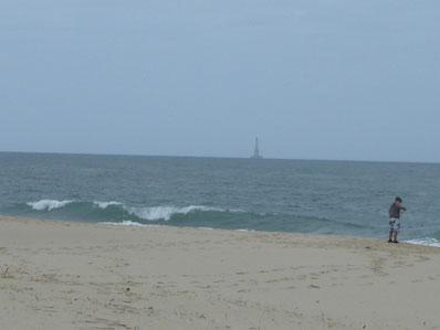 et vue (lointaine) sur le phare de Cordouan