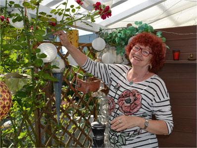 Rita Rotach möchte nicht aufs WG-Wohnen verzichten. Bild: Martina Gradmann