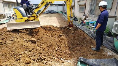 解体後の試掘作業 地盤面から50㎝下を掘ってます 茅ケ崎・横浜の解体なら日系解体工業株式会社