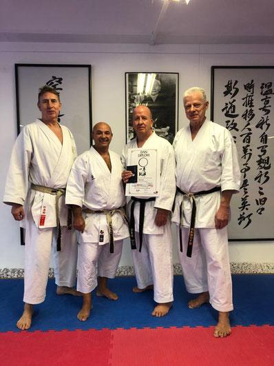 Unser Cheftrainer Ralf Vogt (6. Dan) mit den Prüfern Rainer Katteluhn (7. Dan), Georg Karmas (7. Dan) und Gunar Weichert (8. Dan)