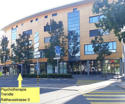 Rathausstrasse 5, Psychotherapie Trendle, Hauseingang