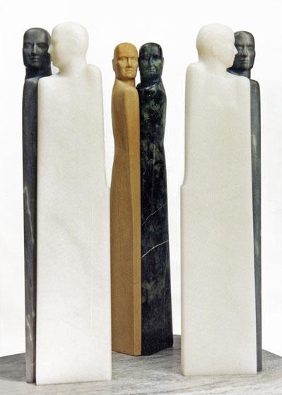 Drei Paare, Verde Alpi/ Giallo di Siena, Bardiglio, Marmor Bianco