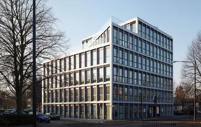 Neues Praxisgebäude in der Bürgermeister-Spitta-Allee